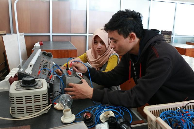 Laboratorium Otomasi & Instrumentasi