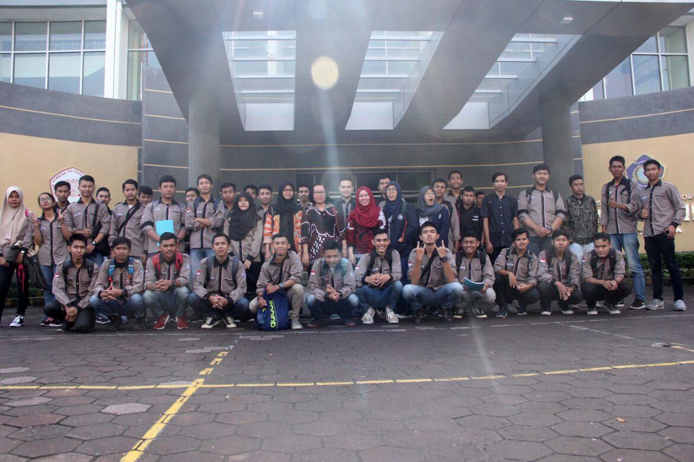 Mahasiswa Teknik Industri Belajar ke CV Bonjor Jaya