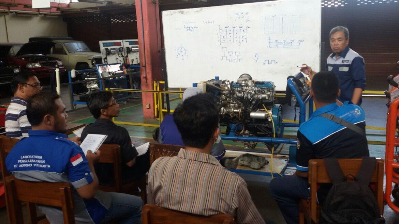 Sertifikasi Keahlian untuk Dosen dan Tenaga Kependidikan dalam Bidang Otomotif