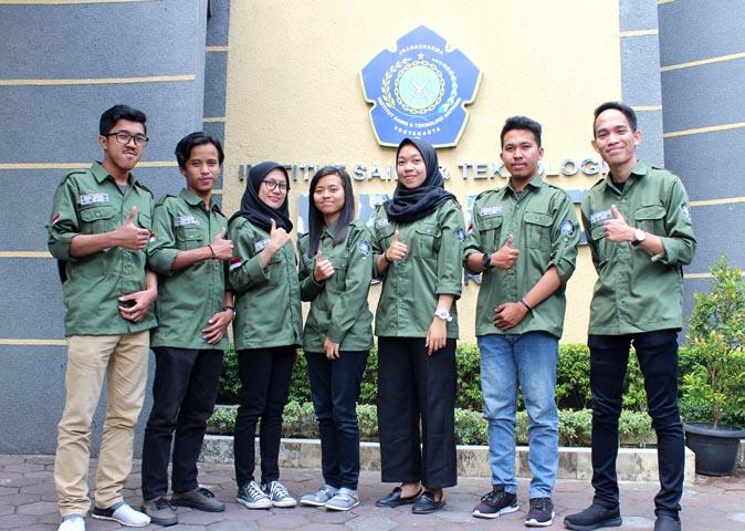 7 Mahasiswa IST AKPRIND KKN ke Thailand